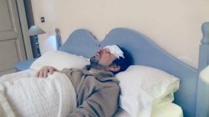 Фолликулярный острый простатит имеет такие симптомы как рост до и более 38° C температуры тела, чередующиеся лихорадка и озноб