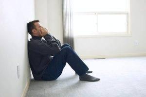 Симптомами простатита являются задержки мочеиспускания и боли в животе