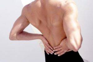 При тяжелом гидронефрозе повреждаются ткани почек из-за внутреннего давления. Возникающие впоследствии осложнения необратимы