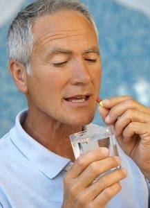 Азитромицин легко всасывается в кровь с последующим внедрением в ткани, что обеспечивает обширную область распределения