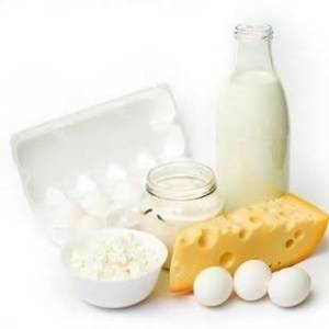 В ежедневном рационе должны присутствовать обязательно кисломолочные продукты – для улучшения пищеварительного процесса