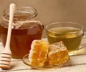 Самый простой рецепт приготовления –сделать «русский глинтвейн» из крепленого вина, натурального мёда, сахарного песка и веточек гвоздики