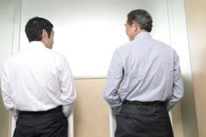 Частое мочеиспускание у мужчин без боли- заслуживающий внимания симптом