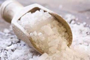 Лечение солью представляет собой один из наиболее распространенных и эффективных средств, используемых мужчинами