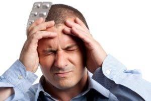 Мужчина импотент всегда ссылается на головную боль