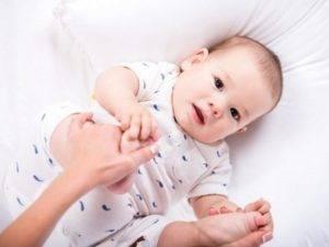 Водянка яичек у младенцев