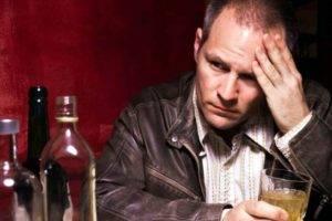 Прием алкоголя тормозит работу эндокринной системы