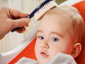 Выпадают волосы у ребенка